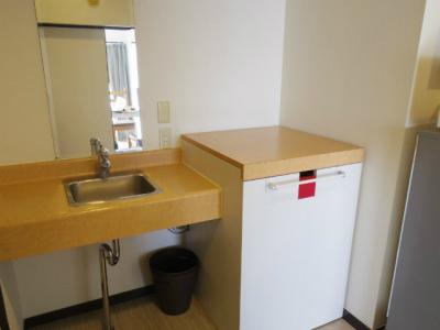 独立洗面台、洗濯機